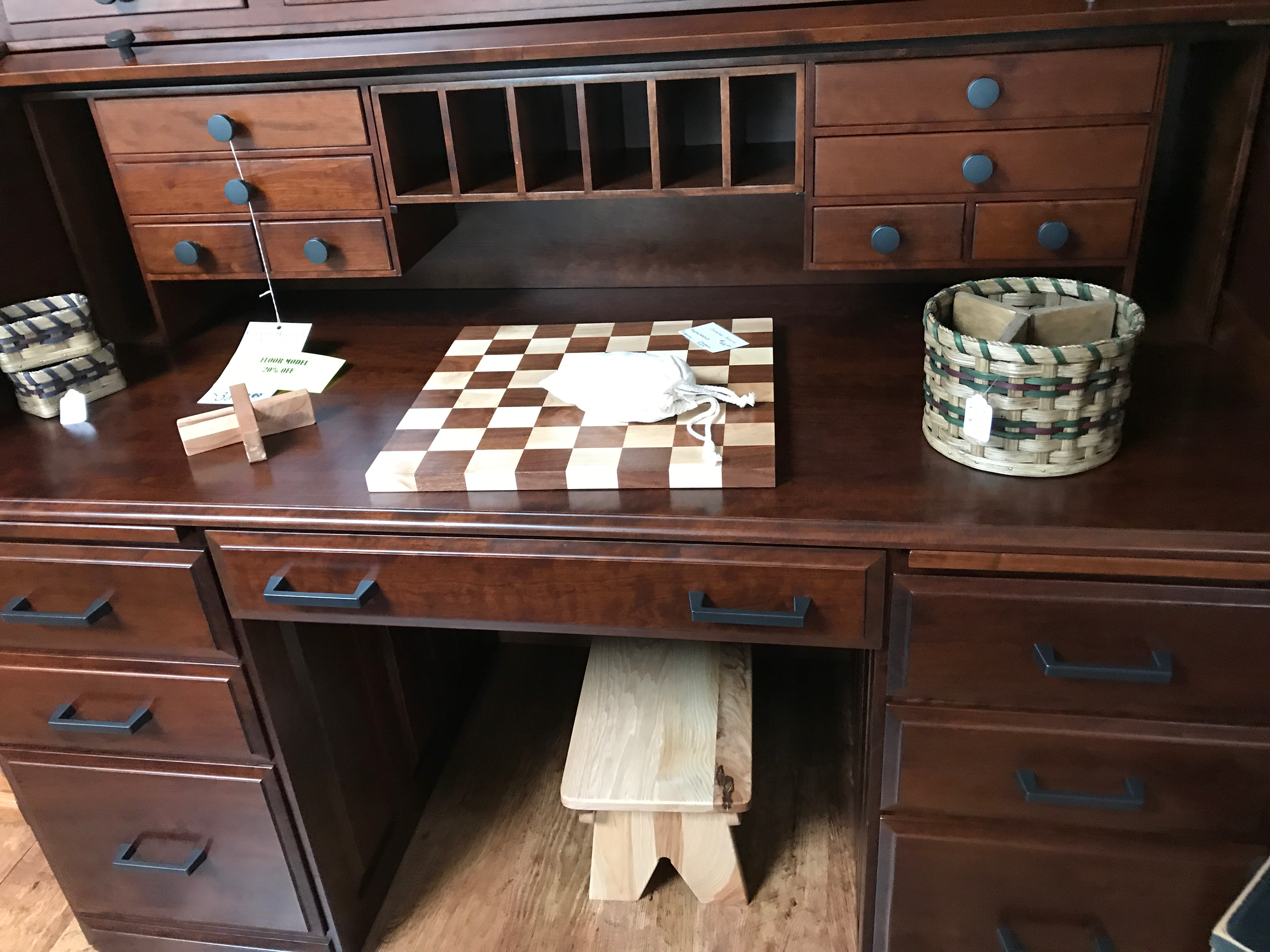 Country Heritage Furniture Was Founded In 2003 And Offers Only The Best In  Carefully Selected Amish Handcrafted Furniture!